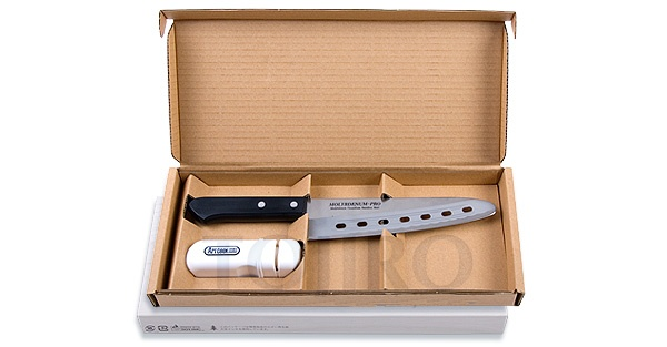 Набор: Поварской нож и керамическая точилка Tojiro FG-111